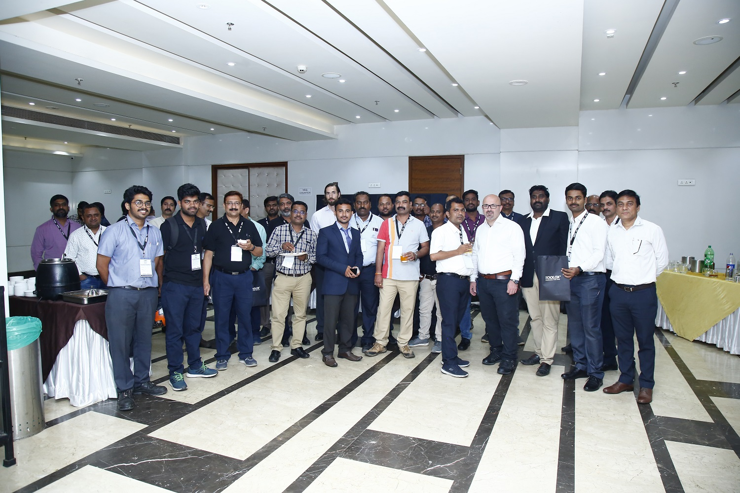 Group photo with Pune Seminar attendees