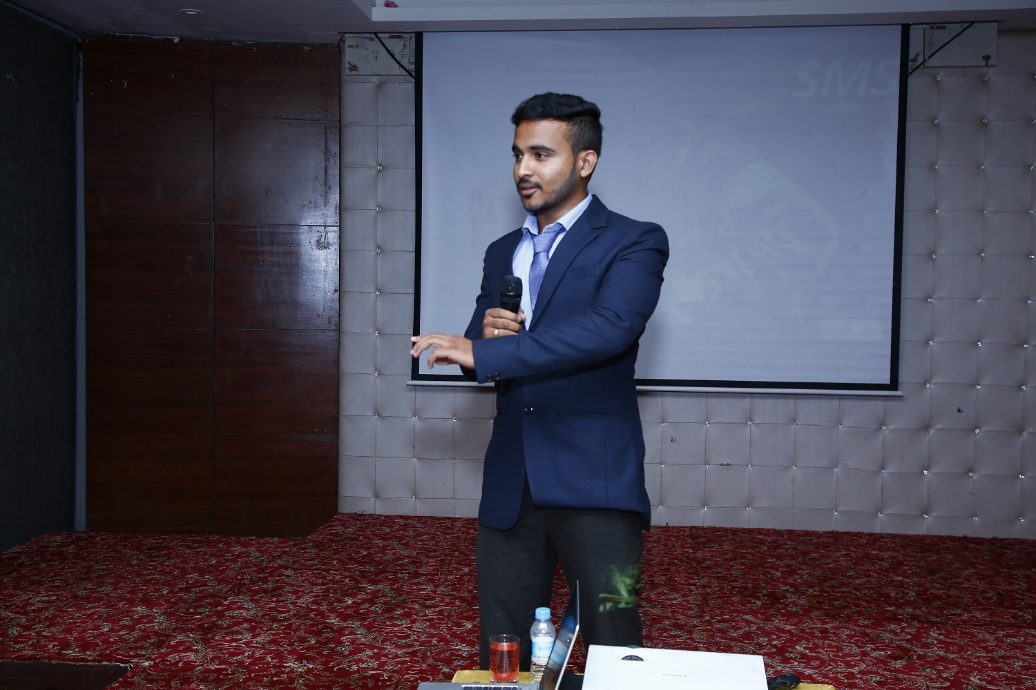 Umakant Bansi Toge Sales Engineer Giving welcome note in Pune Seminar